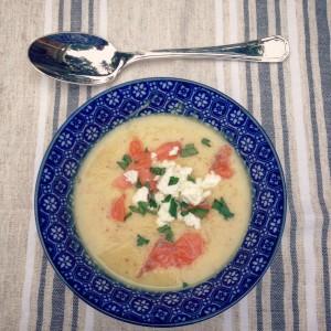 Verwarmende herfst soep met pastinaak. Puur, gezond, zonder gist en gemaakt met onbewerkte producten. een heerlijke detox maaltijd. Lees hier meer informatie over seizoensgroenten en seizoensfruit van oktober.