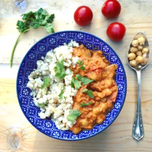 Detox recept heerlijk voor in de winter: Indiase Tikka Masala met kikkererwten, tomaten en kokos